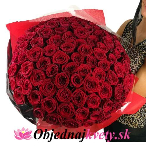 kytica 100 ruží