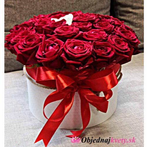 flower box červené ruže