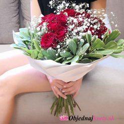 cervene ruže na donasku